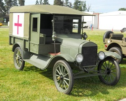 WAAAM's WWI Army Ambulance was restored entirely by volunteers!